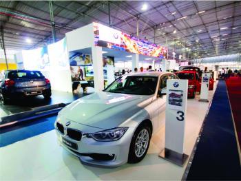 BMW: stand para Motorshow (2)